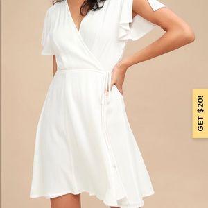 White mini wrap dress - Lulu's - size small